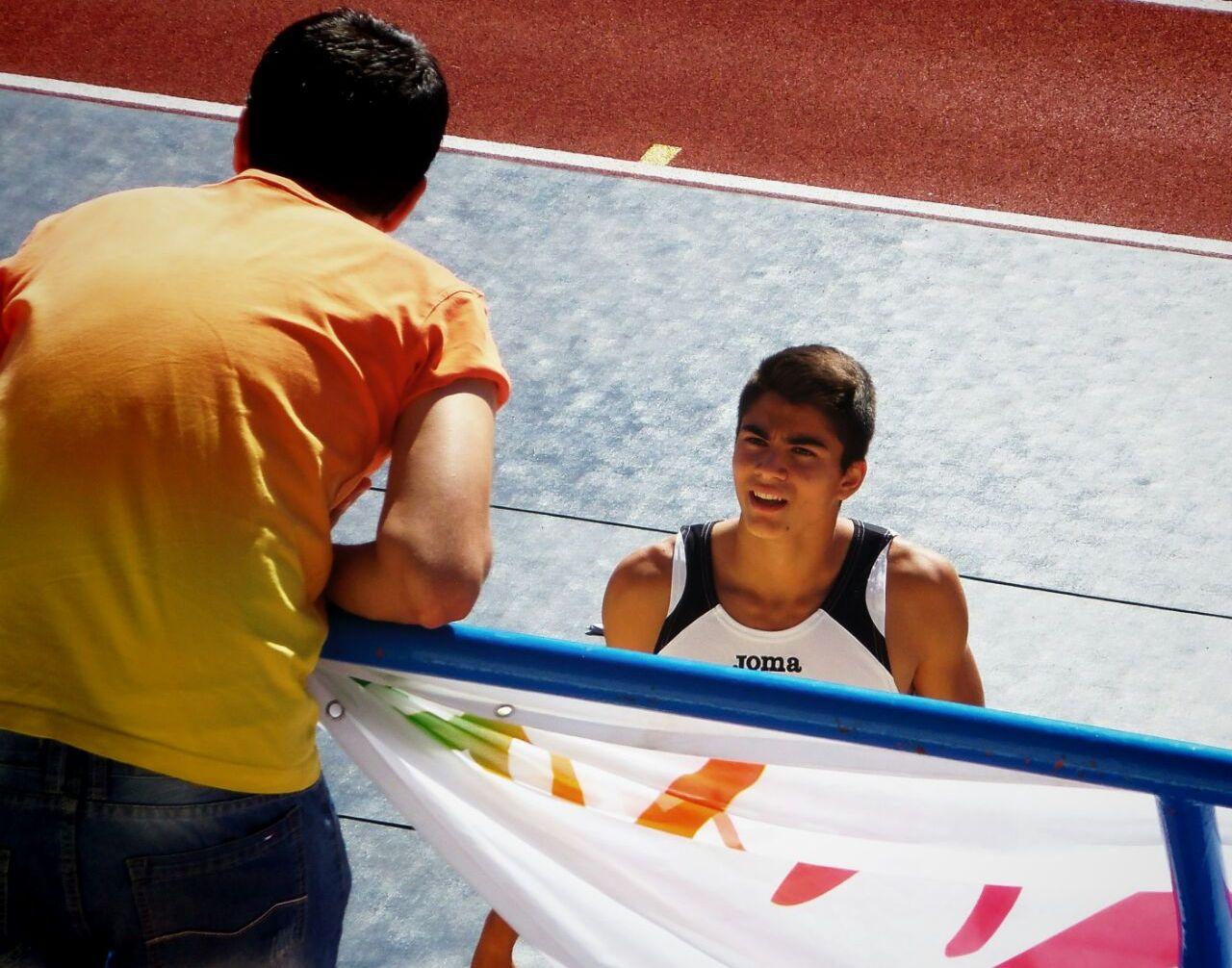 Foto de Rodrigo Iglesias,  representante riojano en el Campeonato de España Junior en Pista Cubierta